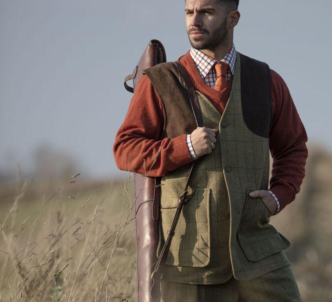 Alan Paine Combrook Men's Shooting Waistcoat in Elm & Streetly Vee Neck in Tiger (1)